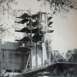 Bowl_Area_First_Full_Thrust_Pump_Fed_Engine_Hot_Firing_1950