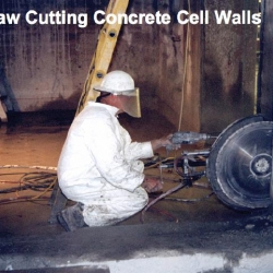 Hot_Lab_Saw_Cutting_Concrete_Cell_Walls