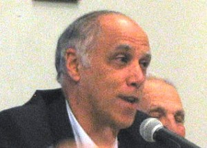 Dan Hirsch at SSFL meeting in March 2008-