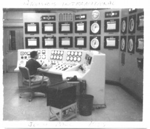 FW-John Pace running reactor at Atomics International 1959