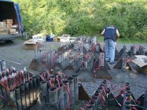 Preparing fireworks - Klaus Graf