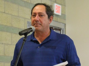 Attorney Sam Cohen in Chumash Casino Resort shirt at March 1 2014 DOE Calabasas meeting