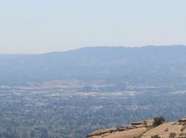 Hot air over western Los Angeles in San Fernando Valley