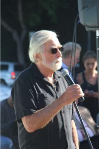 Truthdig editor Robert Scheer addresses the crowd.