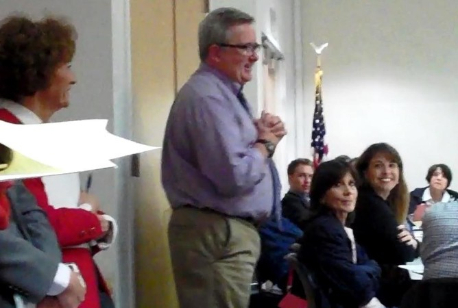 VA's Vince Kane addressing Brentwood Community Council March 1, 2016