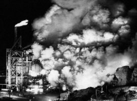 Toxic gas and smoke belch off of Coca rocket test stand about a mile from the border of Brandeis-Bardin in archival photograph. DTSC maintains such smoke stayed onsite at SSFL and never blew outside of the test lab's boundaries.